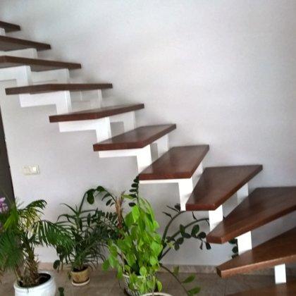 laiptai ant metalo 11